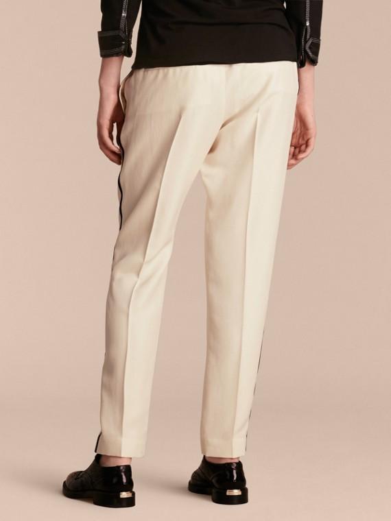 Parchemin Pantalon de survêtement ajusté en soie - cell image 2
