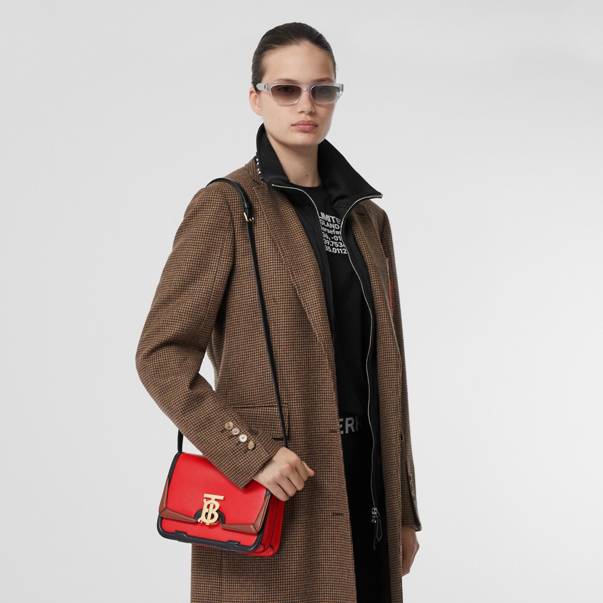 Petit sacTB en cuir avec appliqué (Rouge Vif) - Femme | Burberry - photo de la galerie 2