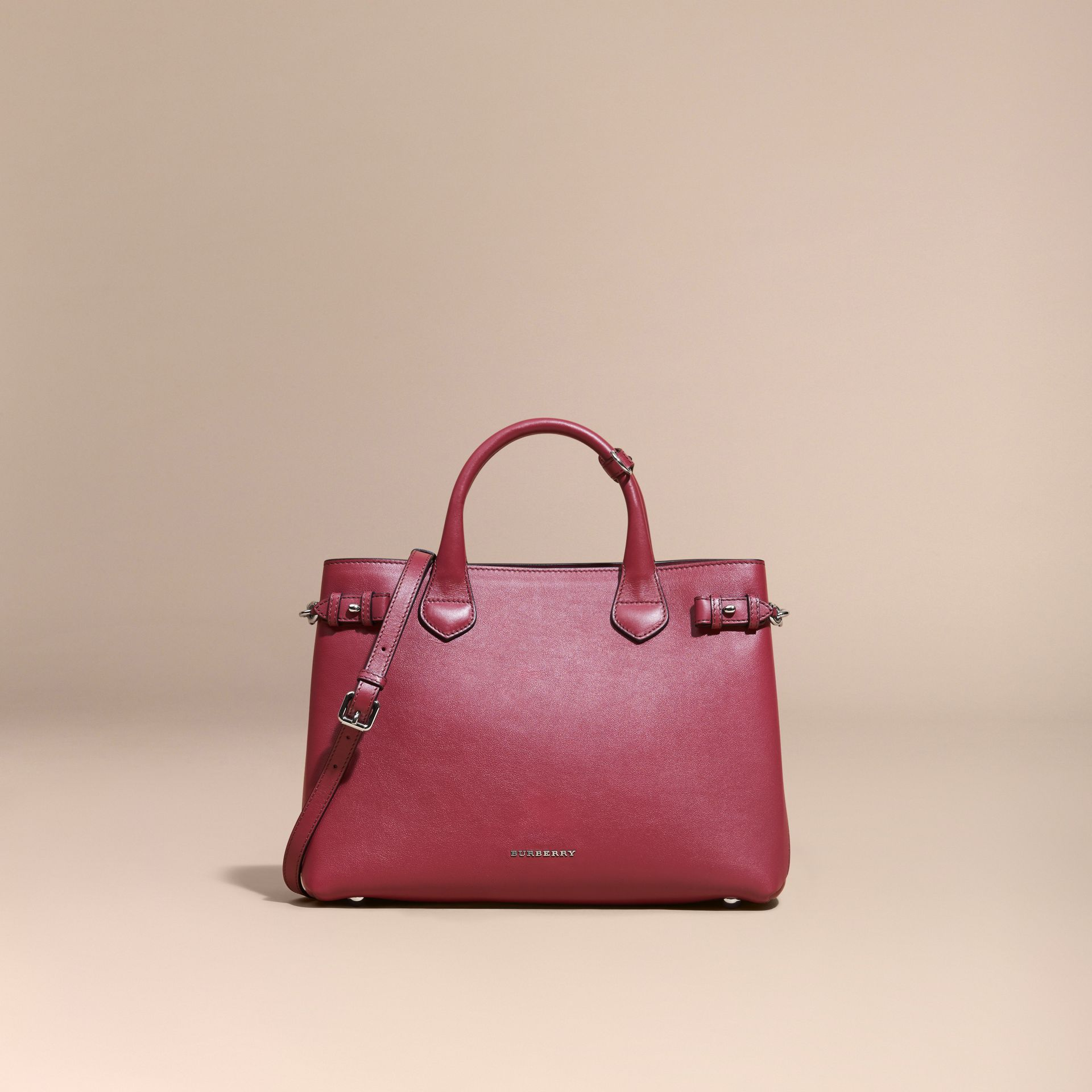 The Medium Banner in Leather with Chain Detail in Garnet Pink - Women | Burberry - gallery image 8