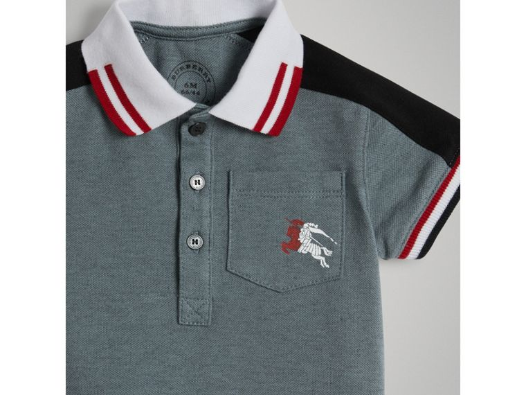 Polo in cotone piqué con dettaglio a righe (Blu Cipria) | Burberry - cell image 4