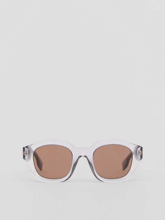 Geometric Frame Sunglasses in Grey