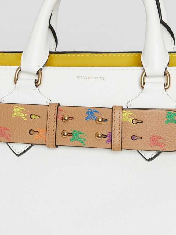 Cintura in pelle con marchio del cavaliere equestre per la borsa The Belt media (Cammello Chiaro) - Donna | Burberry - cell image 1