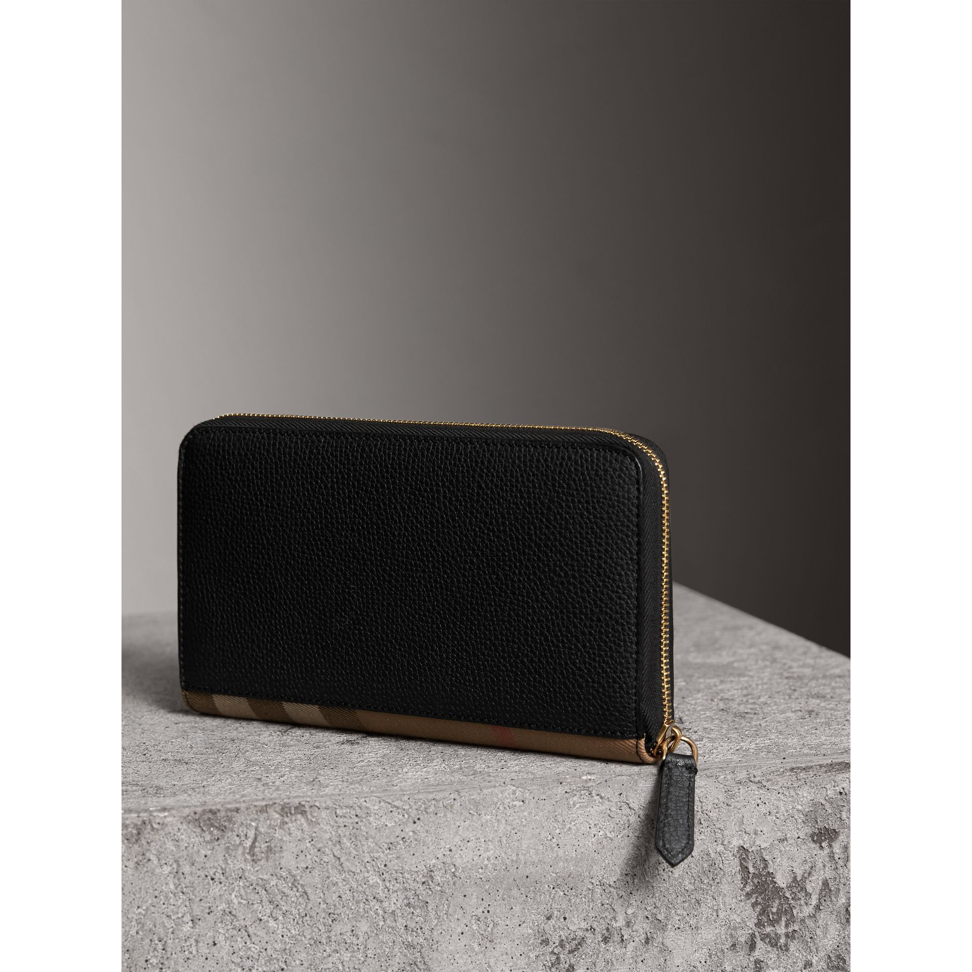 House Check and Grainy Leather Ziparound Wallet in Black | Burberry - gallery image 2