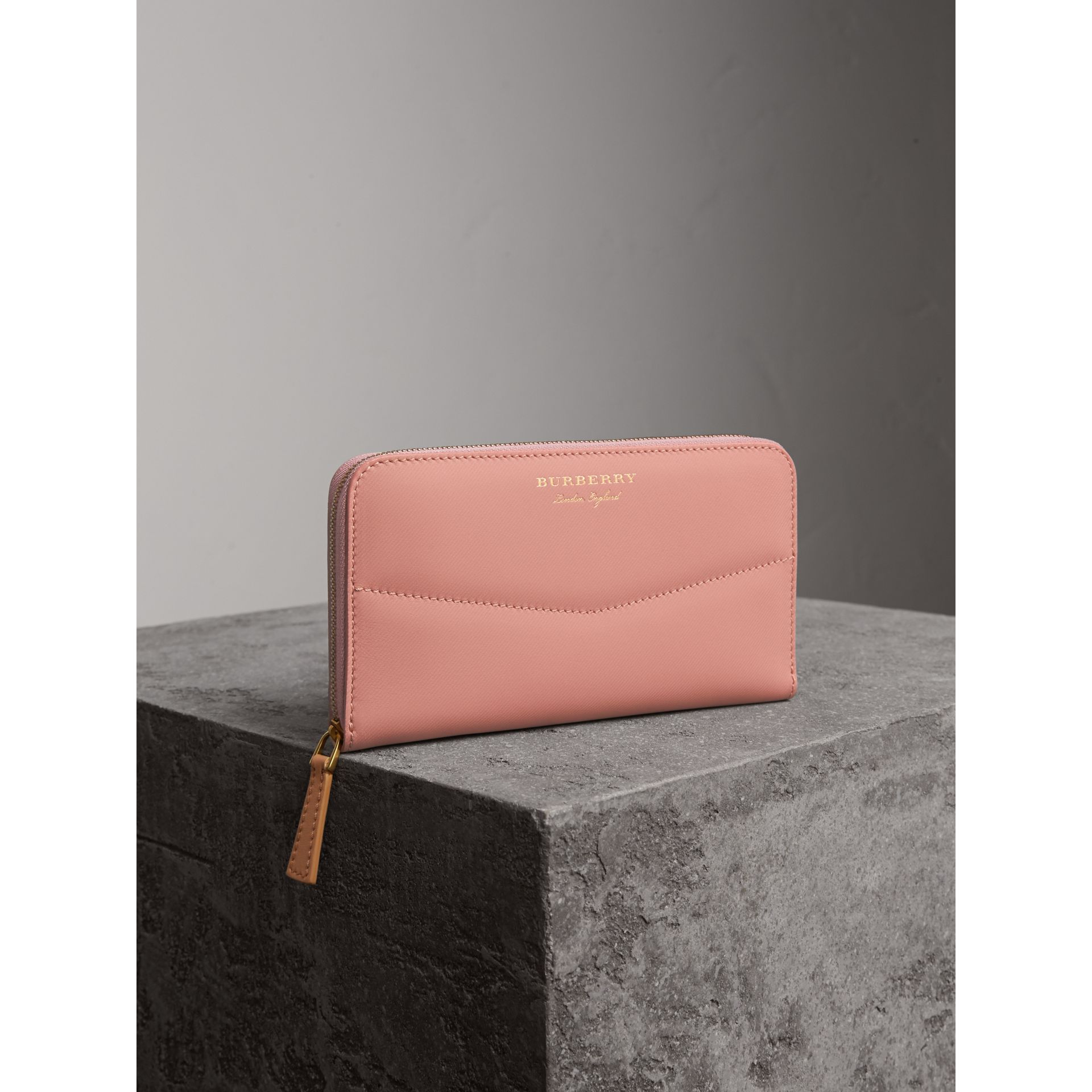 Two-tone Trench Leather Ziparound Wallet in Ash Rose/pale Clementine - gallery image 1