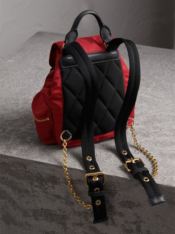 Zaino The Rucksack piccolo in nylon tecnico e pelle (Rosso Parata) - Donna | Burberry - cell image 3