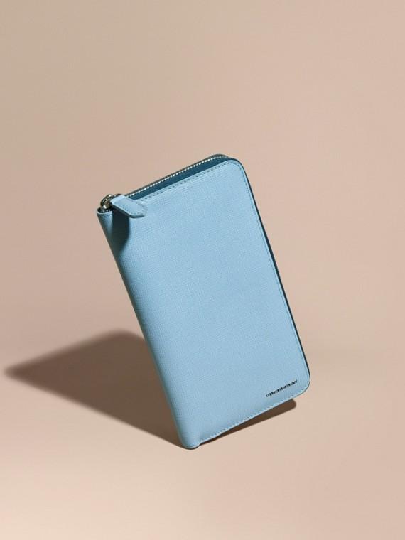 Portefeuille zippé en cuir London Bleu Poudré