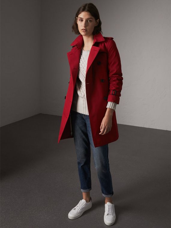 The Kensington – Mid-Length Heritage Trench Coat in Parade Red