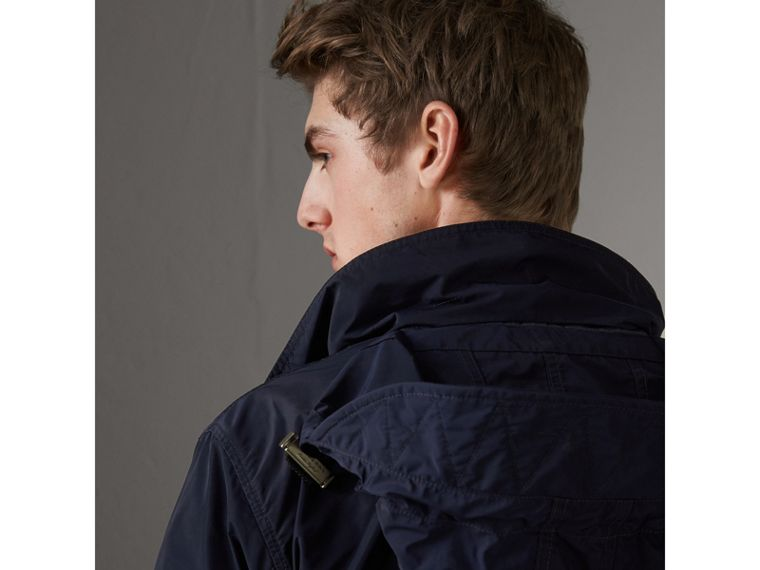 Packaway Hood Showerproof Jacket in Navy - Men | Burberry Hong Kong - cell image 4