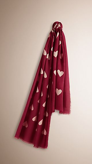 The Lightweight Cashmere Scarf in Heart Print