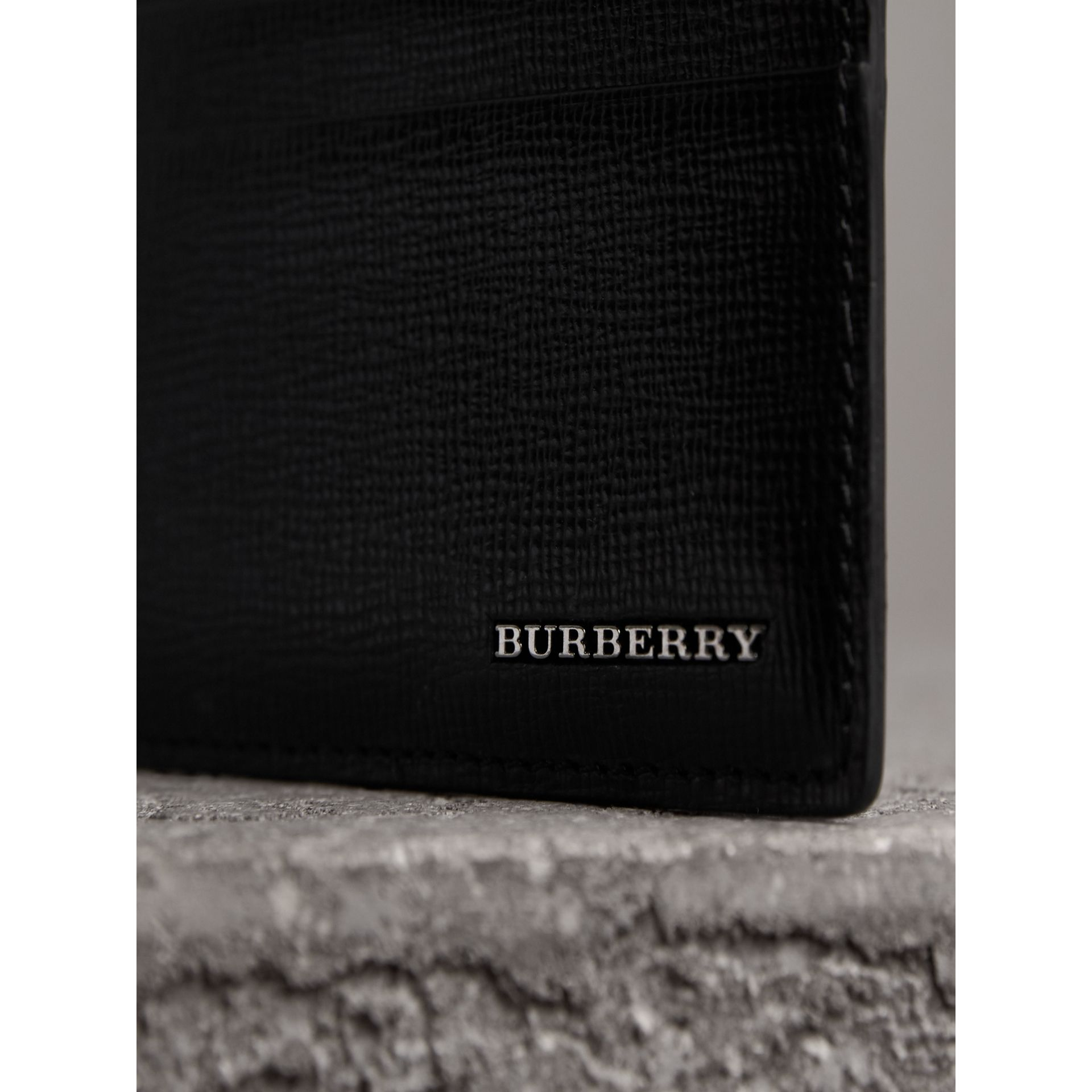 London Leather Card Case in Black | Burberry - gallery image 2