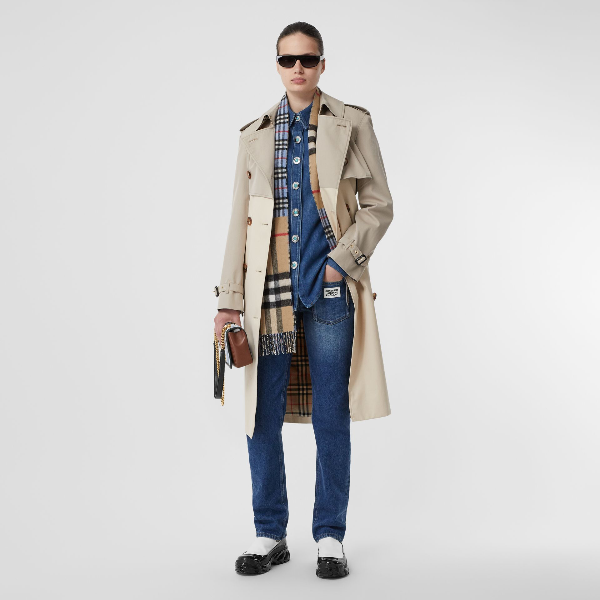 Contrast Check Cashmere Merino Wool Jacquard Scarf in Opal Blue | Burberry - gallery image 6