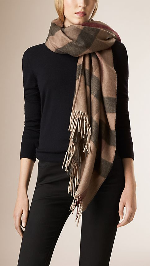 Smoked trench check Check Wool and Cashmere Poncho - Image 2