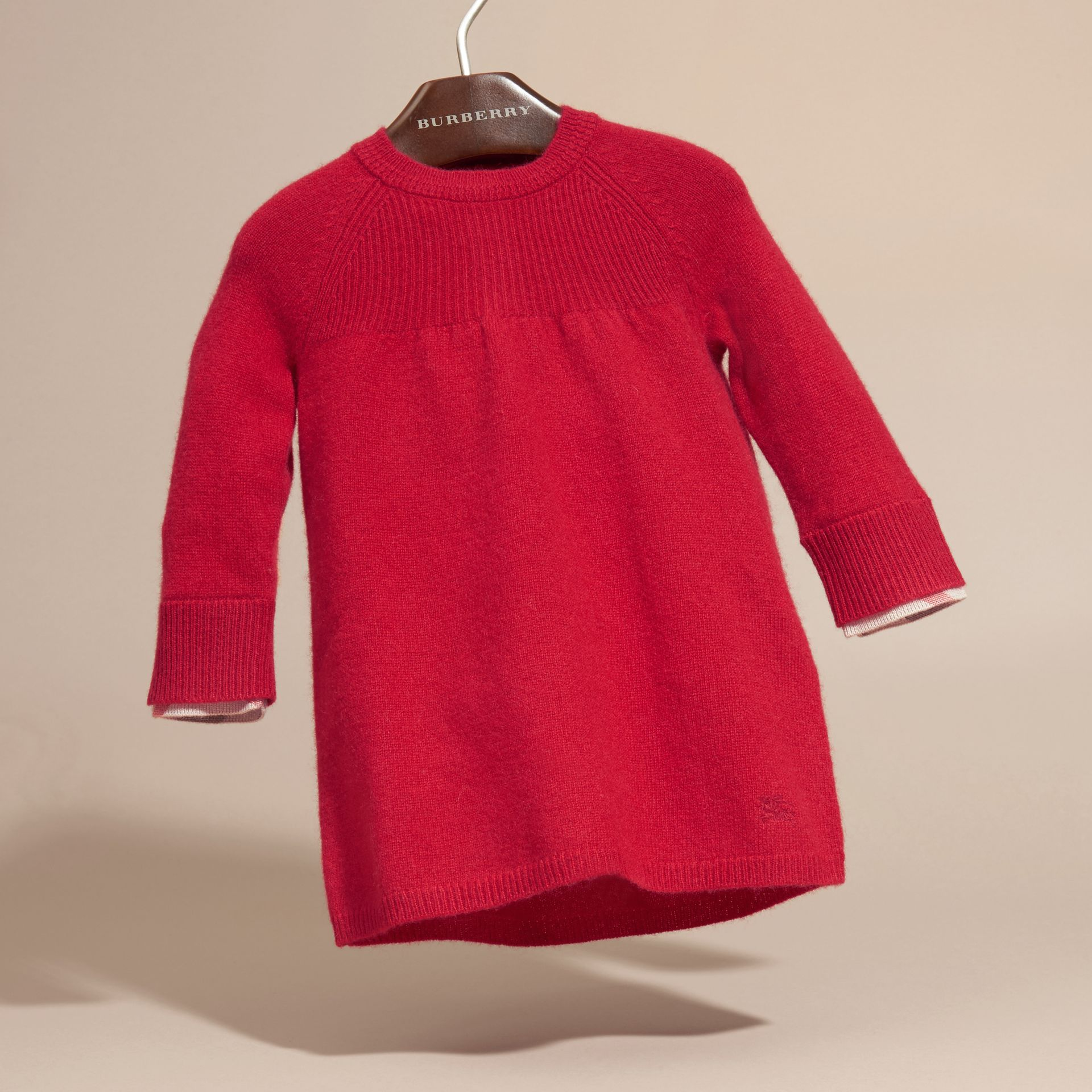 Check Cuff Knitted Cashmere Dress in Parade Red | Burberry - gallery image 3