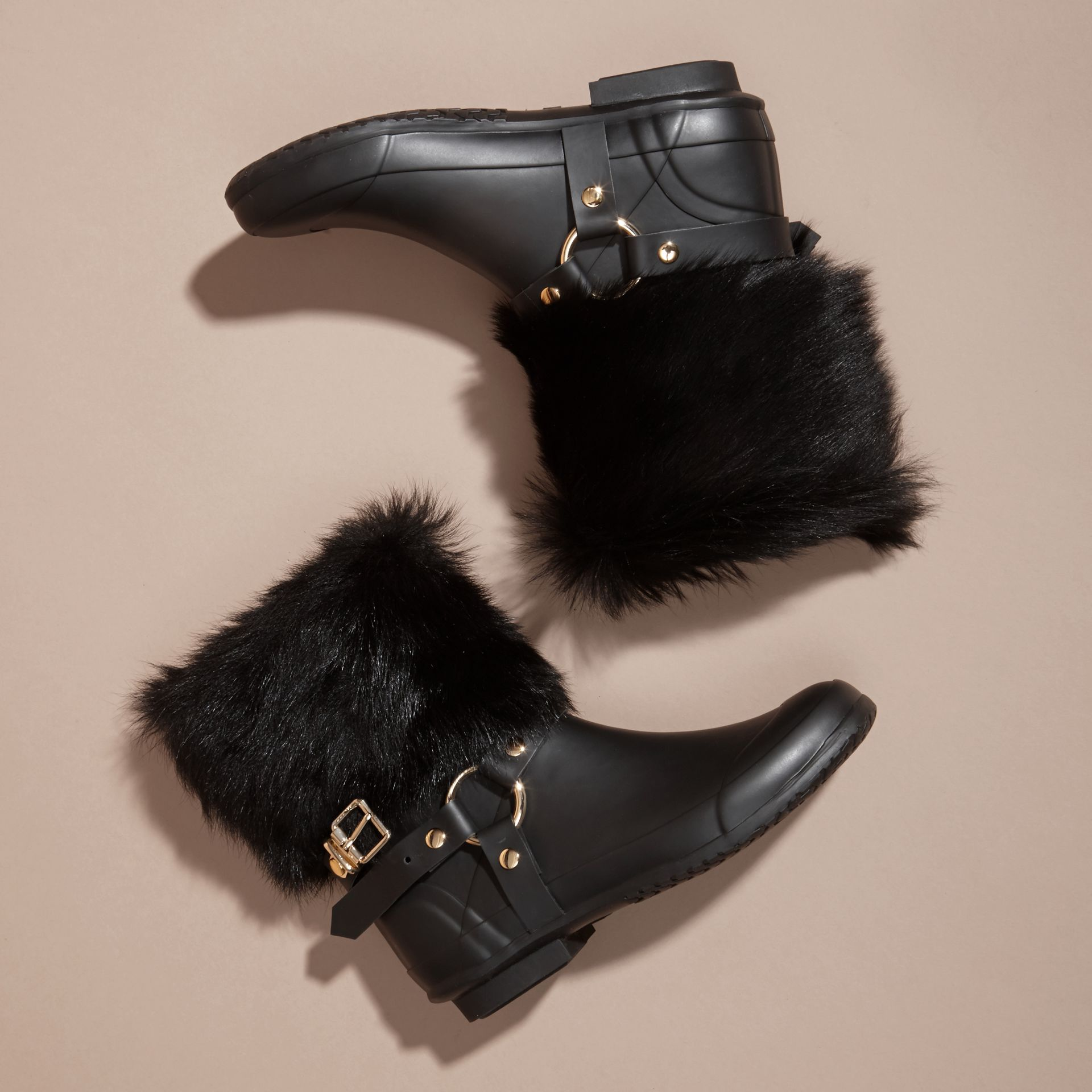 Black Belt Detail Shearling and Rubber Rain Boots - gallery image 3