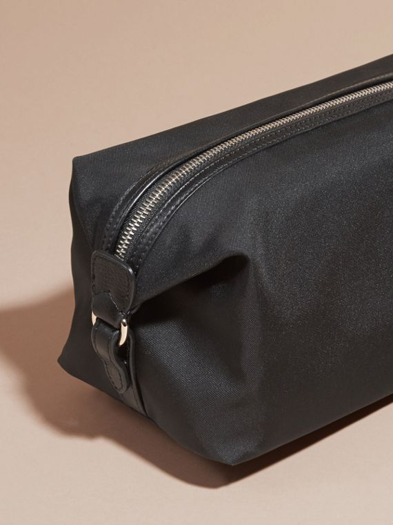 Black Leather Trim Washbag - cell image 3