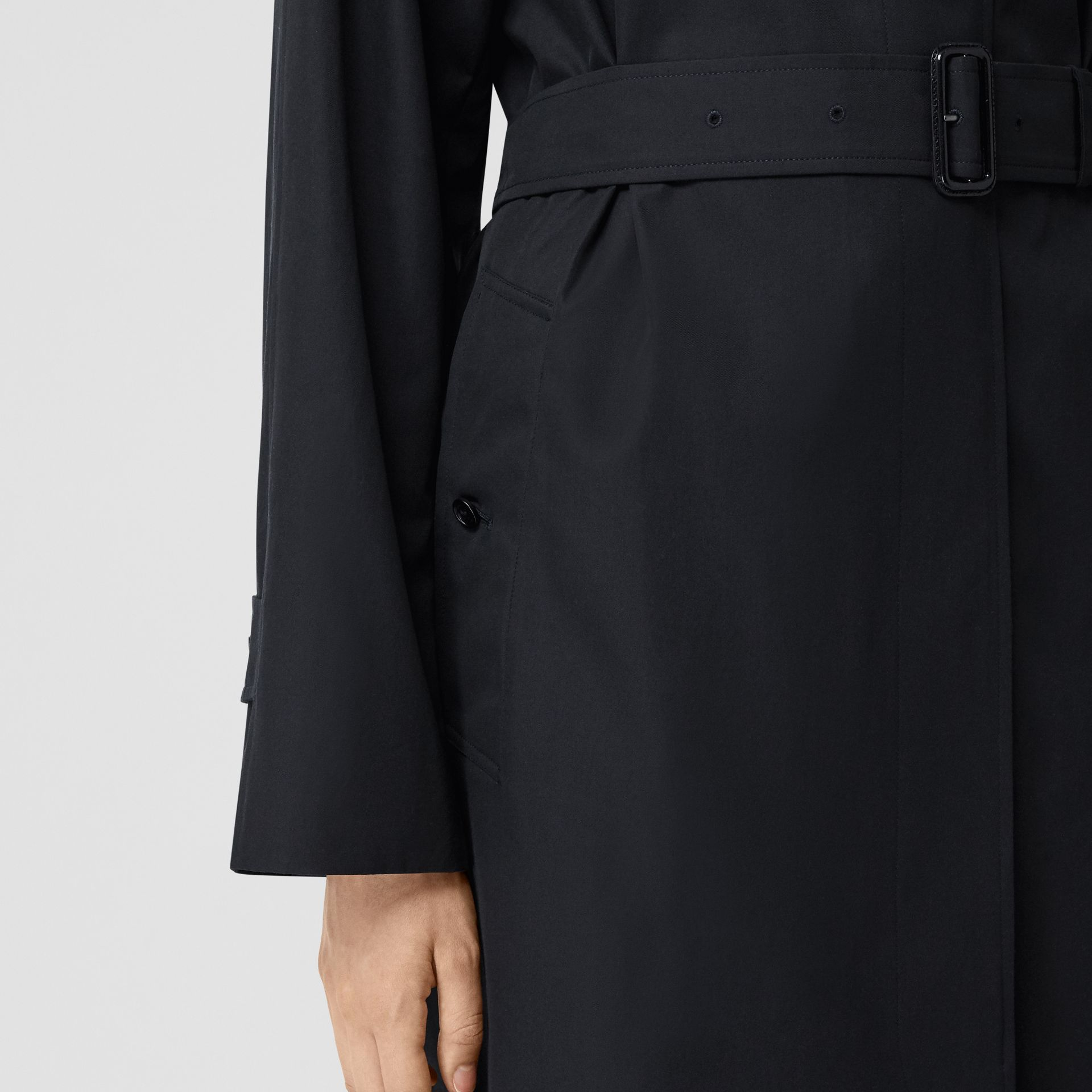 Tropical Gabardine Belted Car Coat in Midnight - Women | Burberry - gallery image 4
