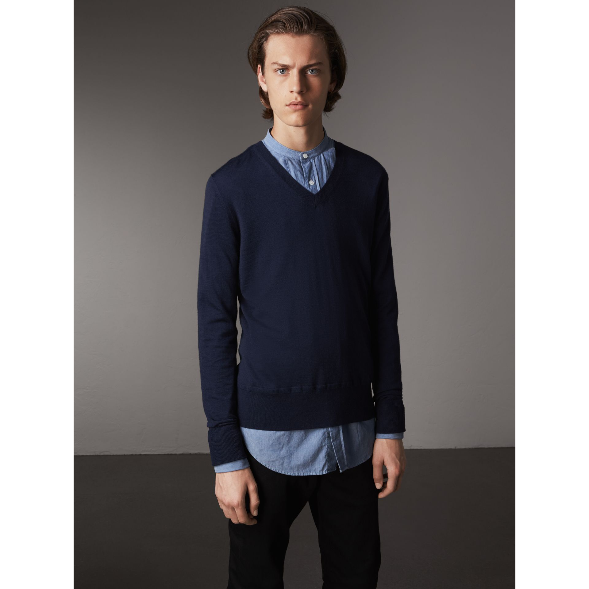 Merino Wool V-neck Sweater in Navy - Men | Burberry Singapore - gallery image 5