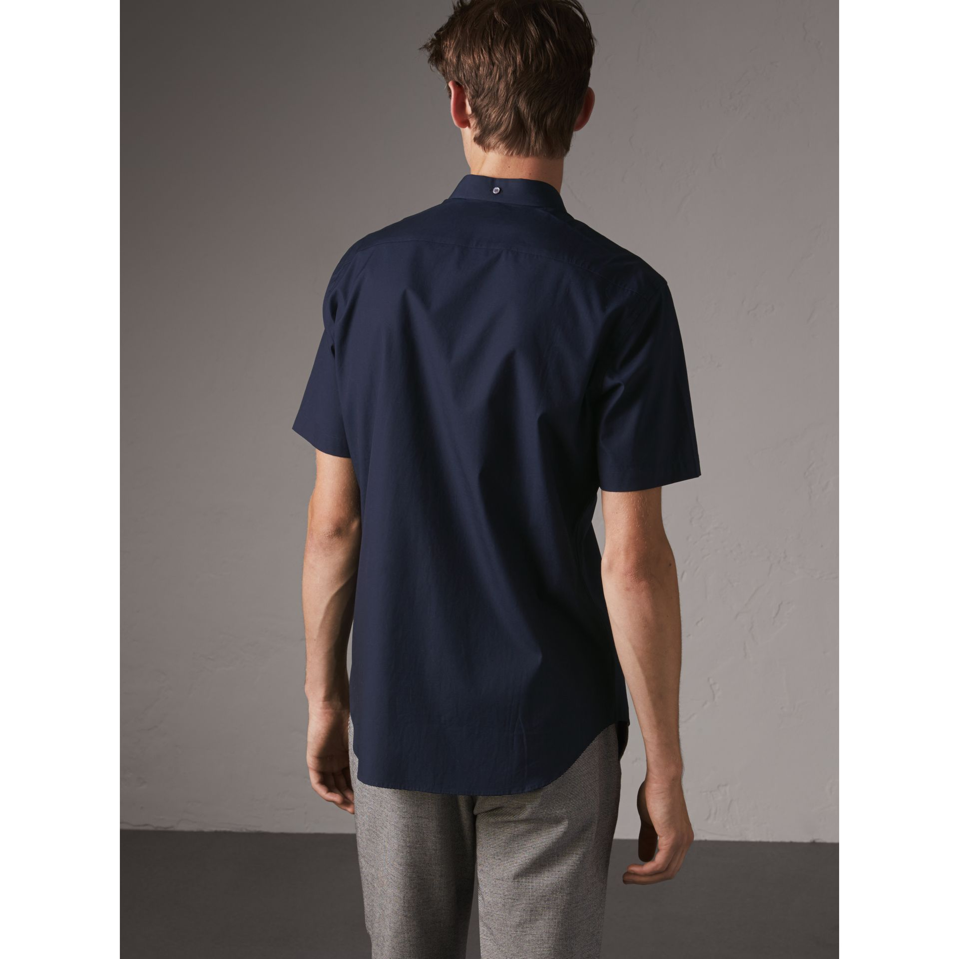 Short-sleeved Stretch Cotton Poplin Shirt in Navy - Men | Burberry - gallery image 2