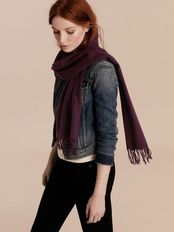 The Classic Cashmere Scarf in Aubergine | Burberry Canada - cell image 2