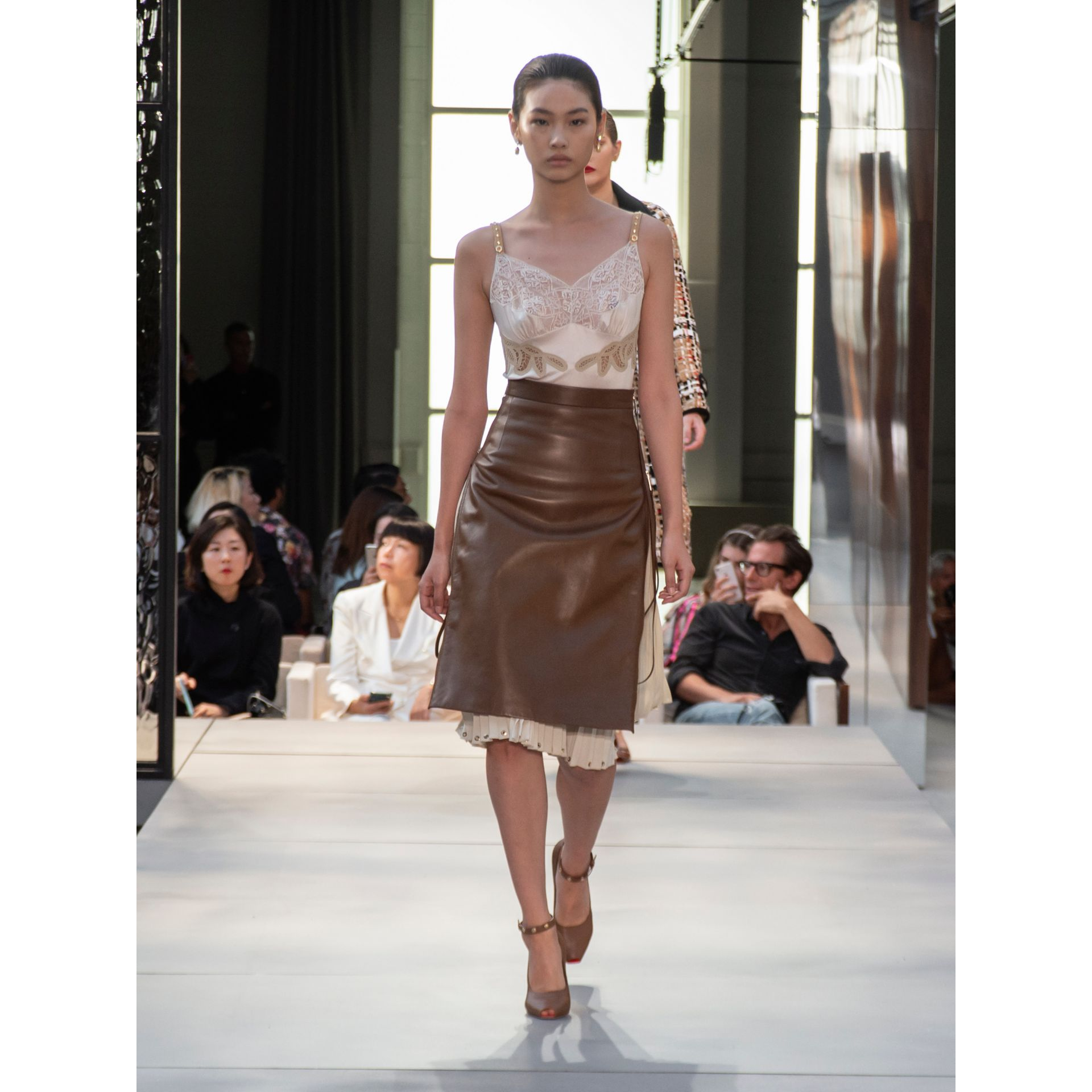 Double Zip Lambskin Skirt in Brown - Women | Burberry United Kingdom - gallery image 5