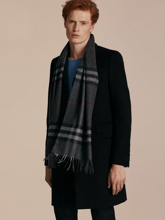 Charcoal check The Classic Cashmere Scarf in Check Charcoal - cell image 3