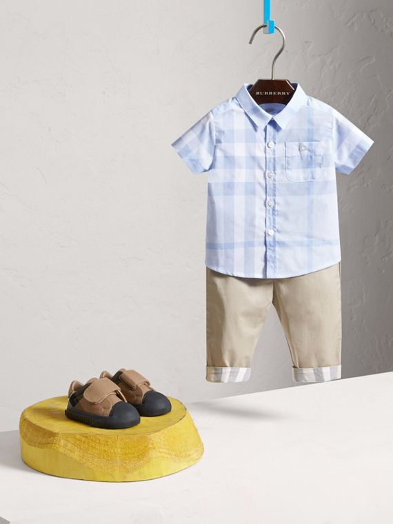 Short-sleeve Check Cotton Shirt in Ice Blue