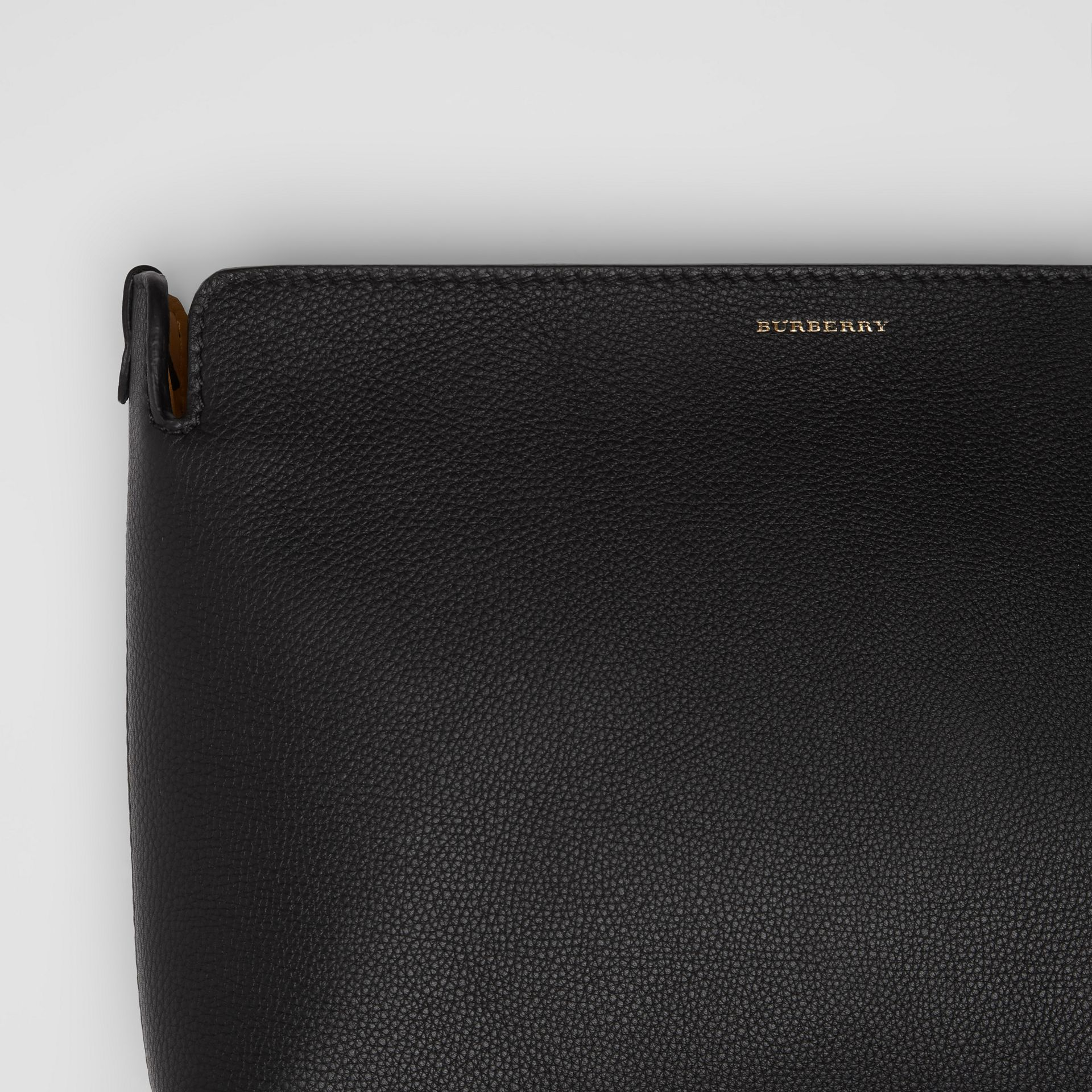 Medium Tri-tone Leather Clutch in Black/sea Green | Burberry - gallery image 1