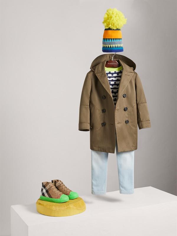 Trench coat en mezcla de algodón con capucha de quita y pon (Oliva Oscuro)   Burberry - cell image 2