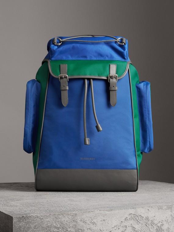 Rucksack aus Nylon und Leder in Dreitonoptik (Dunkles Canvasblau)