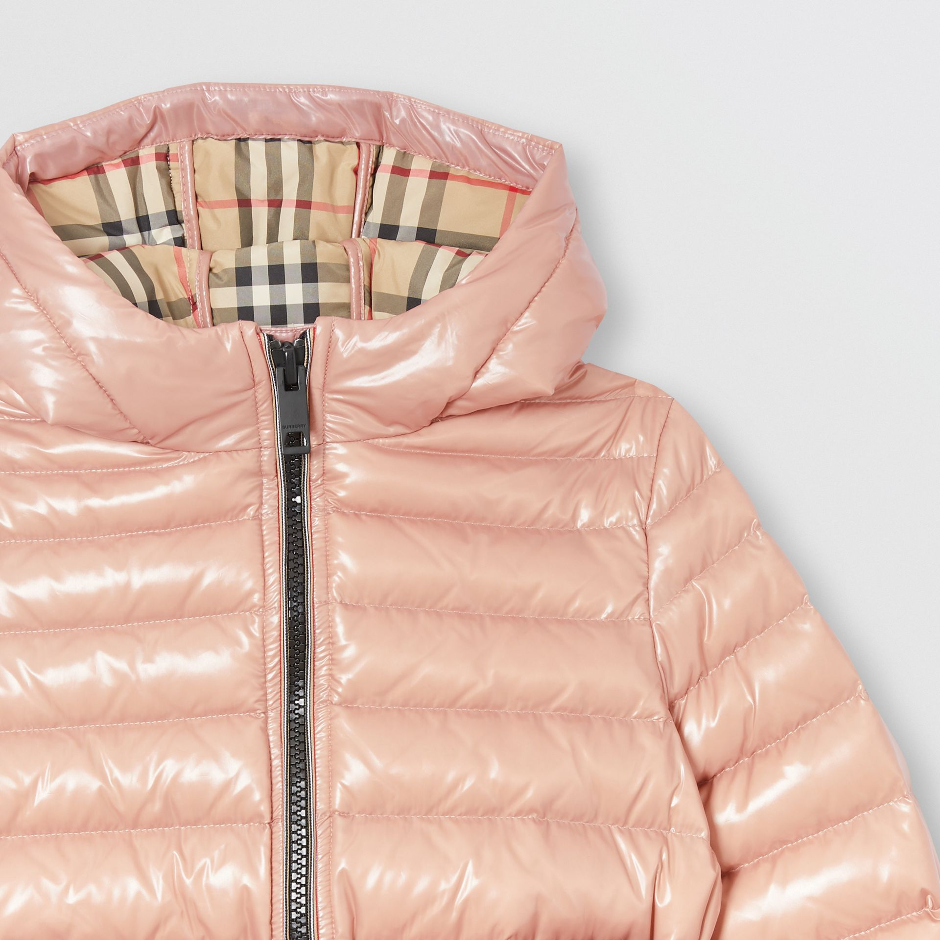 Icon Stripe Detail Down-filled Hooded Puffer Coat in Lavender Pink | Burberry - gallery image 4