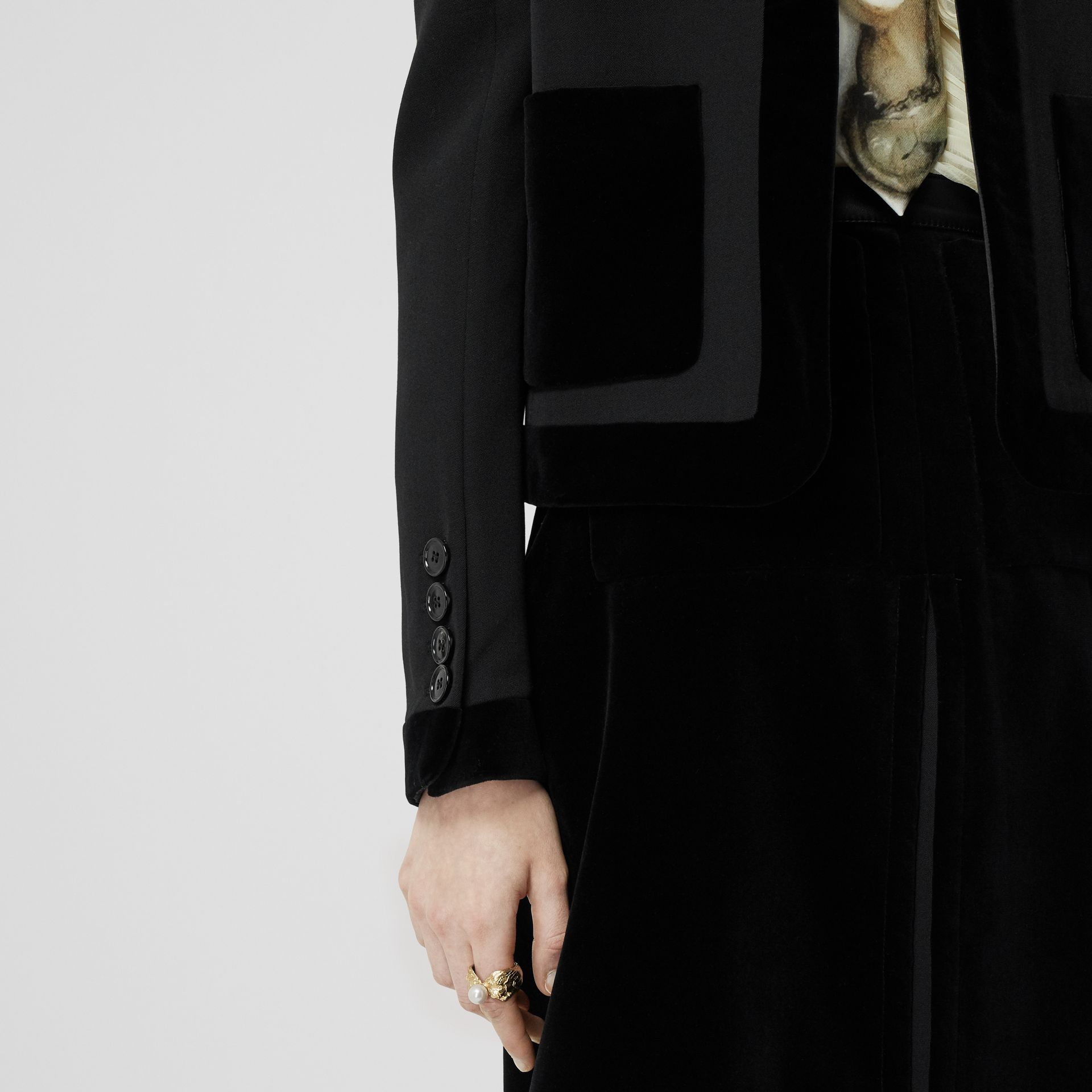 Velvet Detail Wool Tailored Jacket in Black - Women | Burberry - gallery image 3