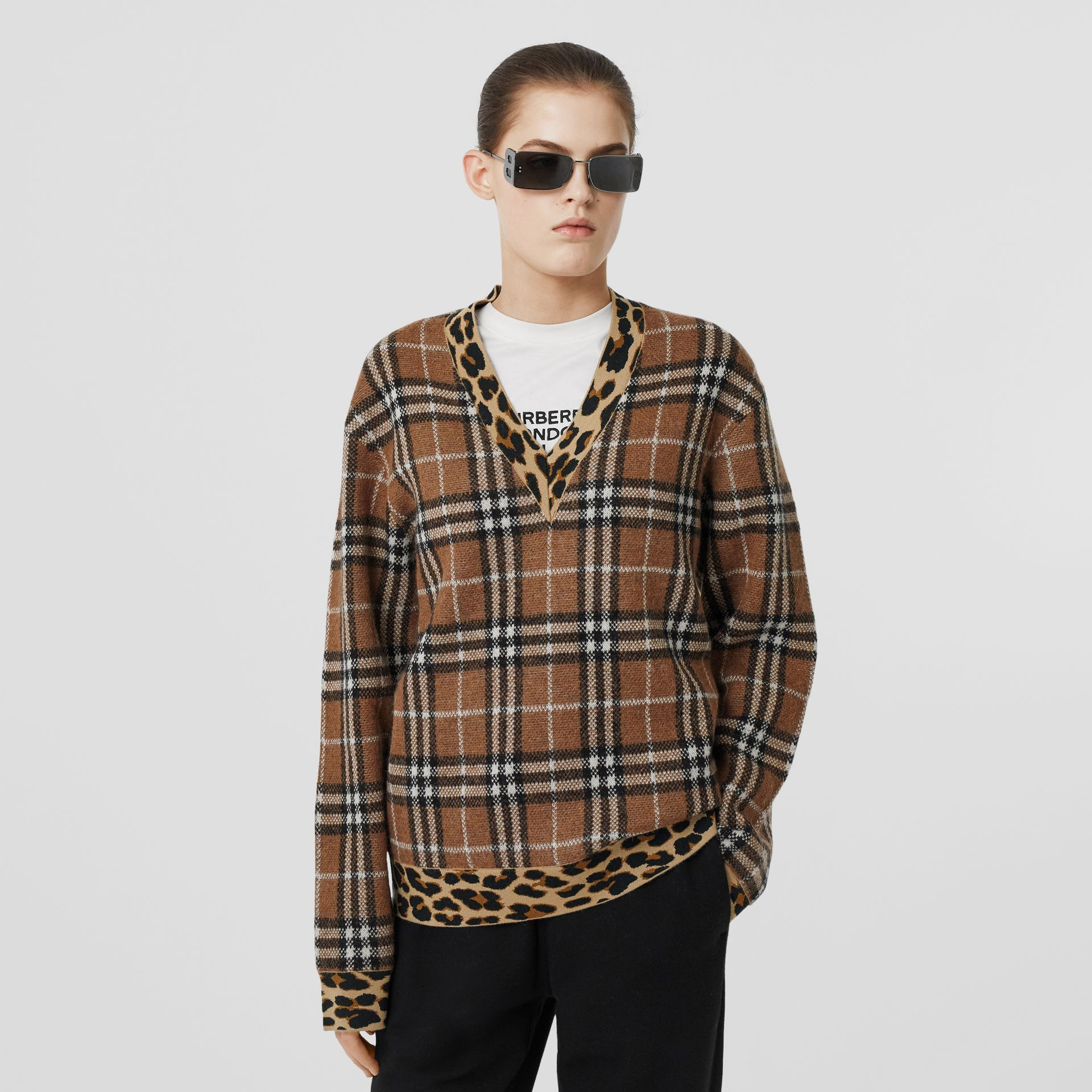 Leopard Detail Vintage Check Cashmere Blend Sweater in Archive Beige - Women | Burberry Hong Kong S.A.R - gallery image 5