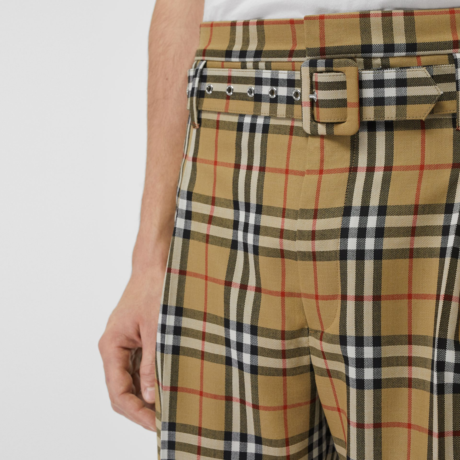 Pantalon taille haute en laine à motif Vintage check (Jaune Antique) | Burberry - photo de la galerie 5