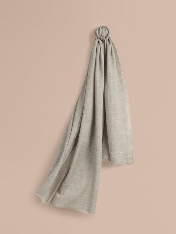 The Lightweight Cashmere Scarf in Pale Grey | Burberry