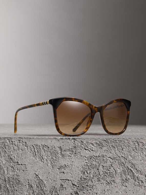 Tortoiseshell Square Frame Sunglasses in Brown