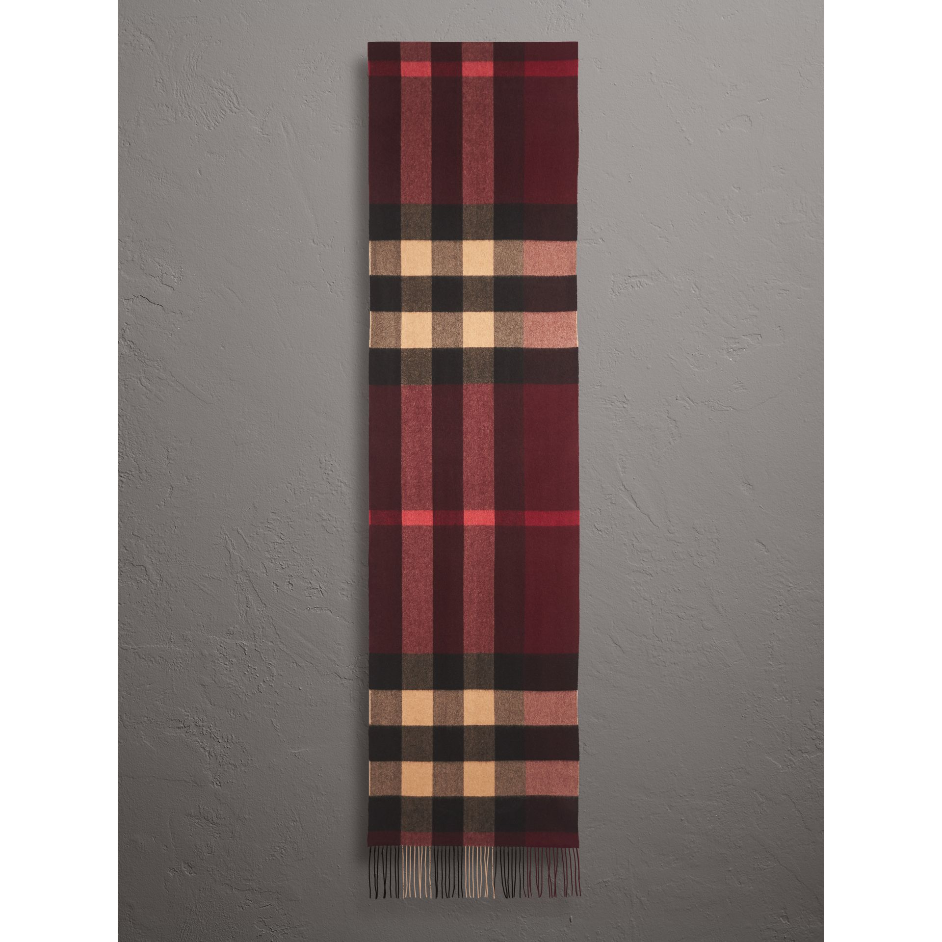 Oversize Check Cashmere Scarf in Claret | Burberry - gallery image 2