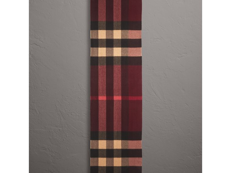 Oversize Check Cashmere Scarf in Claret | Burberry - cell image 1