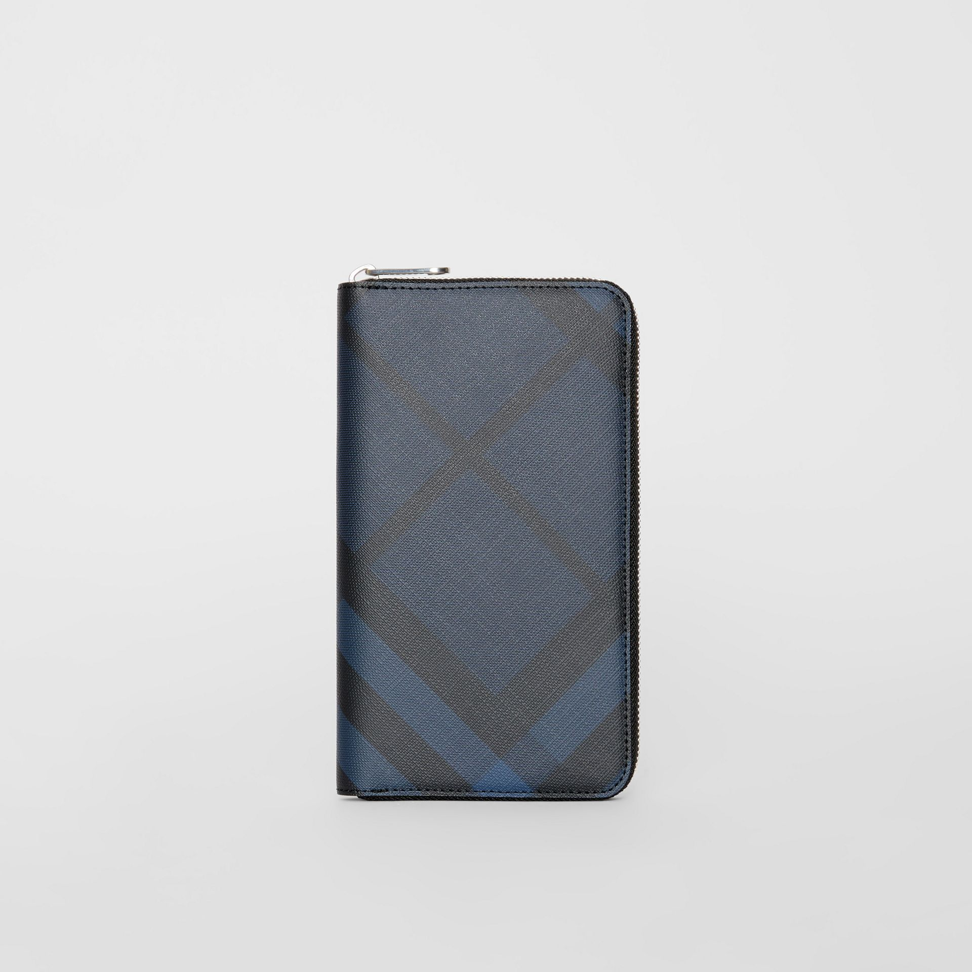 London Check and Leather Ziparound Wallet in Navy/black - Men | Burberry - gallery image 2