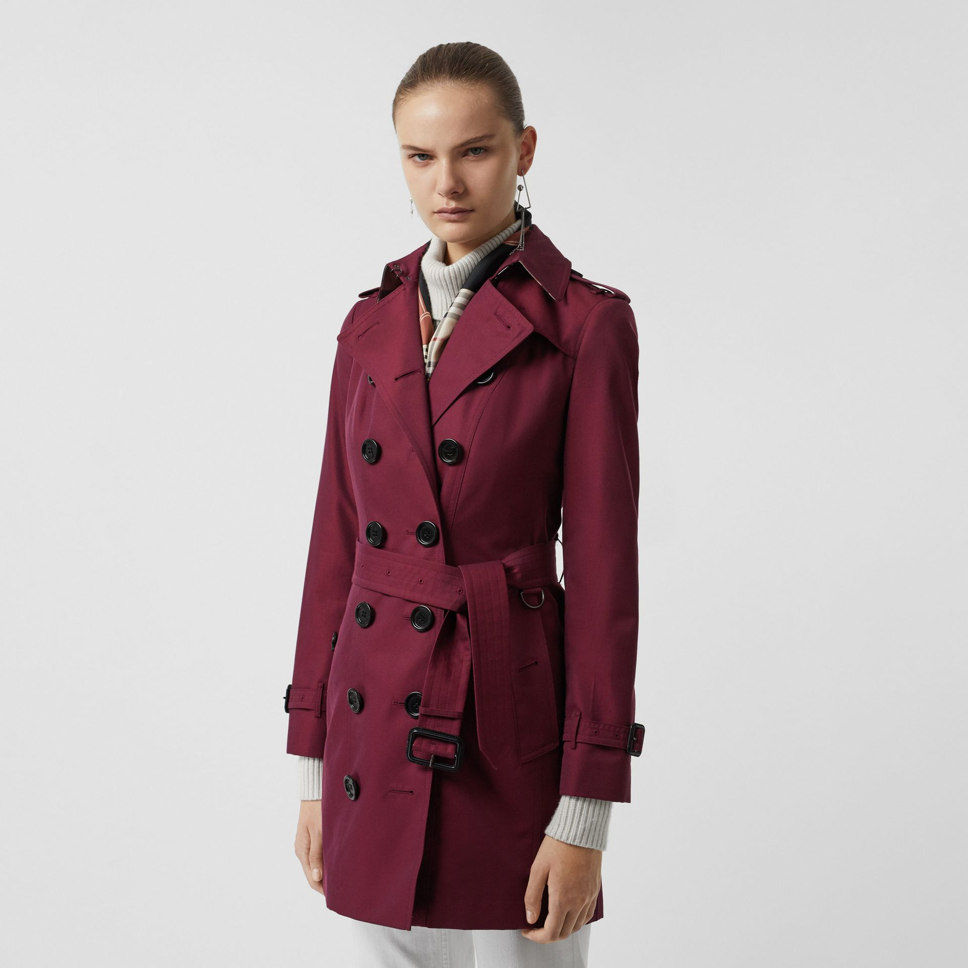 Sandringham Fit Cotton Gabardine Trench Coat in Crimson - Women | Burberry - gallery image 6