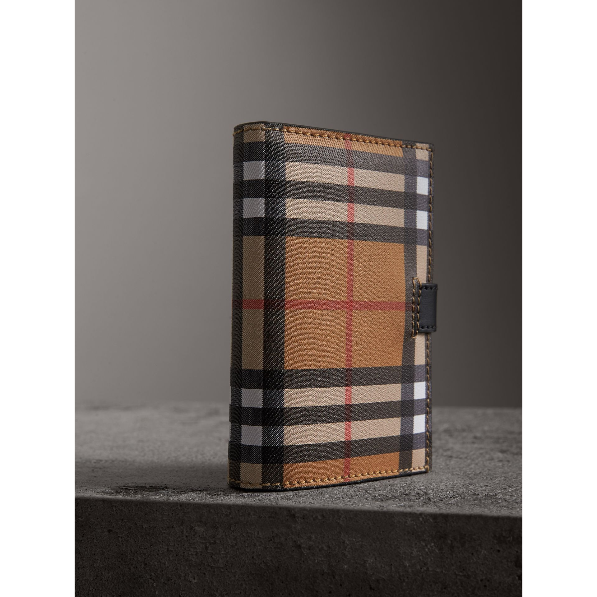Vintage Check and Leather Folding Wallet in Black - Women | Burberry Australia - gallery image 2