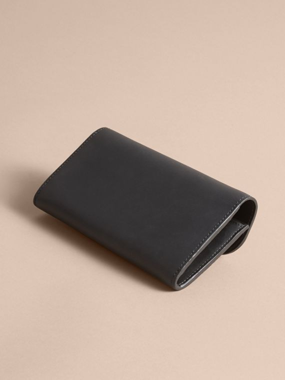 Trench Leather Continental Wallet - Women | Burberry - cell image 3