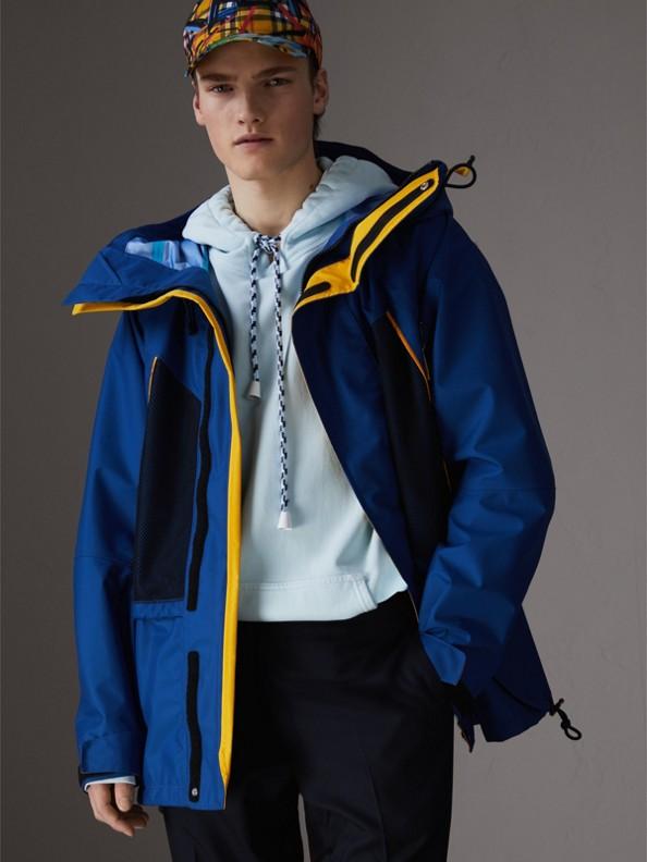 Giacca con cappuccio in nylon di tre colori (Navy Intenso)