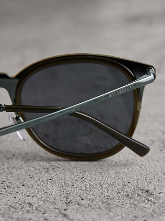 Round Frame Sunglasses in Dark Olive - Men | Burberry United States - cell image 1