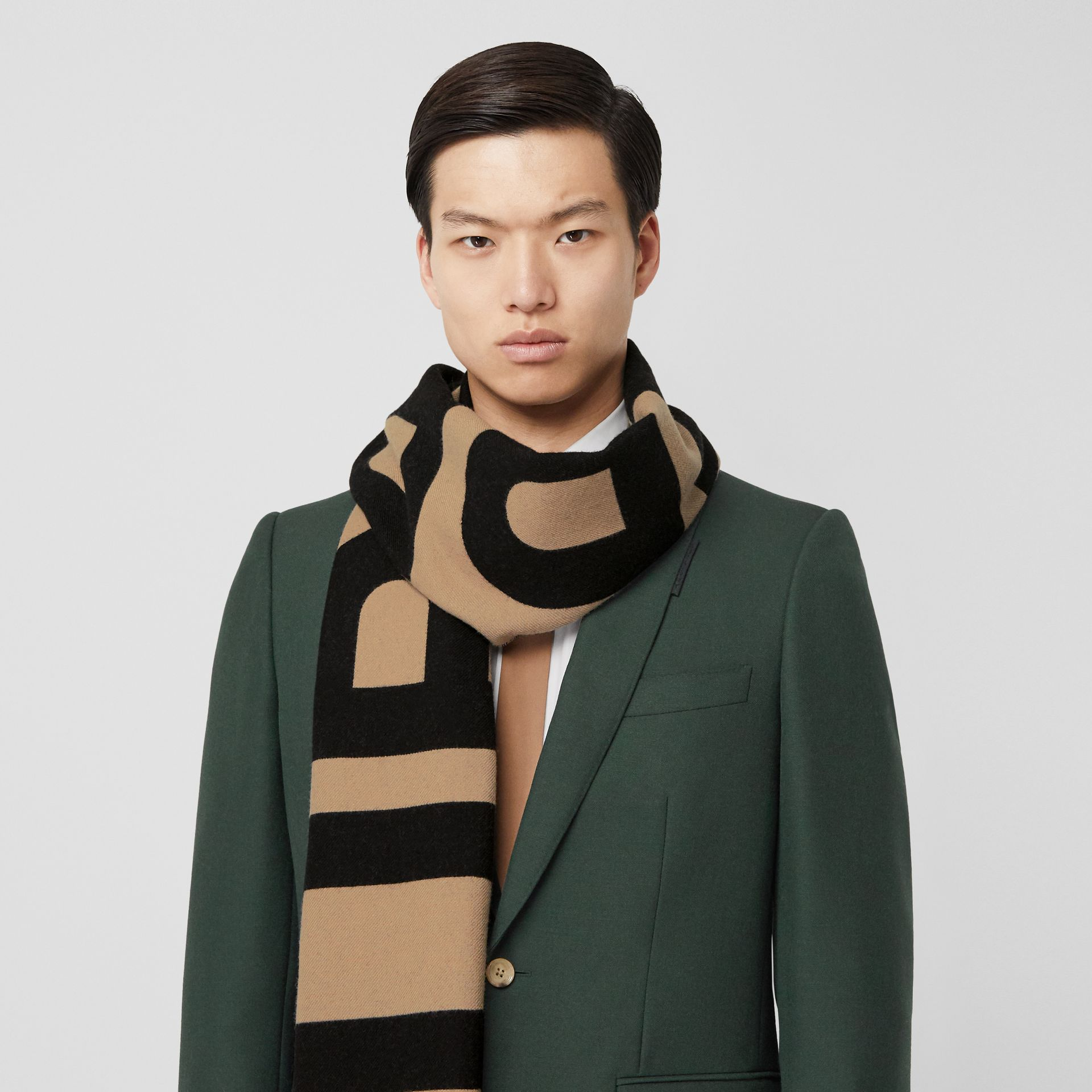 Logo Wool Jacquard Scarf in Archive Beige | Burberry - gallery image 3
