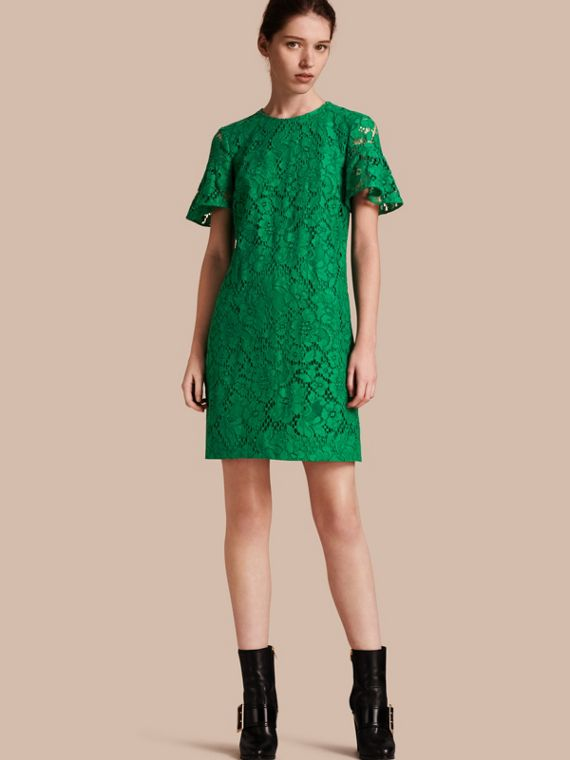 Macramé Lace Short Shift Dress with Ruffle Sleeves Kelly Green