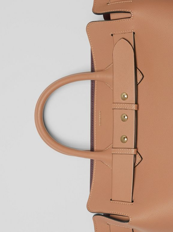 Borsa The Belt media in pelle con tre borchie (Cammello Chiaro) - Donna | Burberry - cell image 1