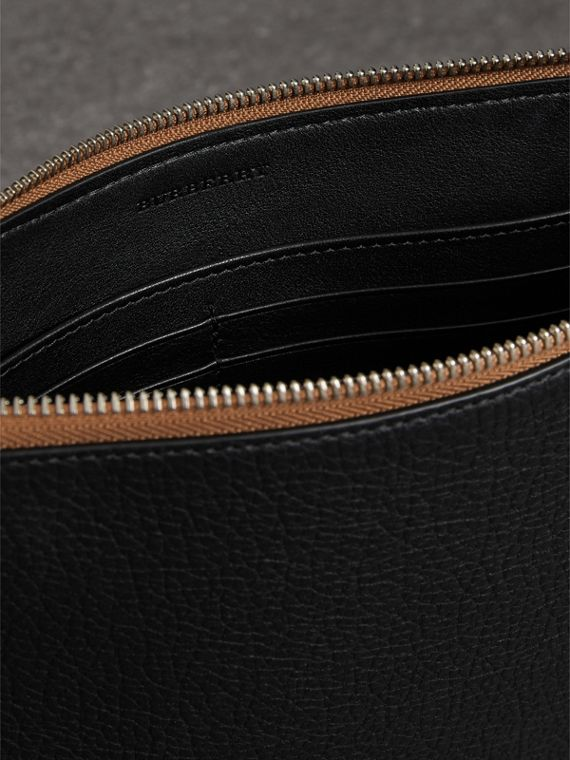 Grainy Leather Zip Pouch in Black | Burberry Canada - cell image 3