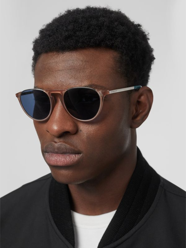 Keyhole Pilot Round Frame Sunglasses in Nude - Men | Burberry United Kingdom - cell image 2