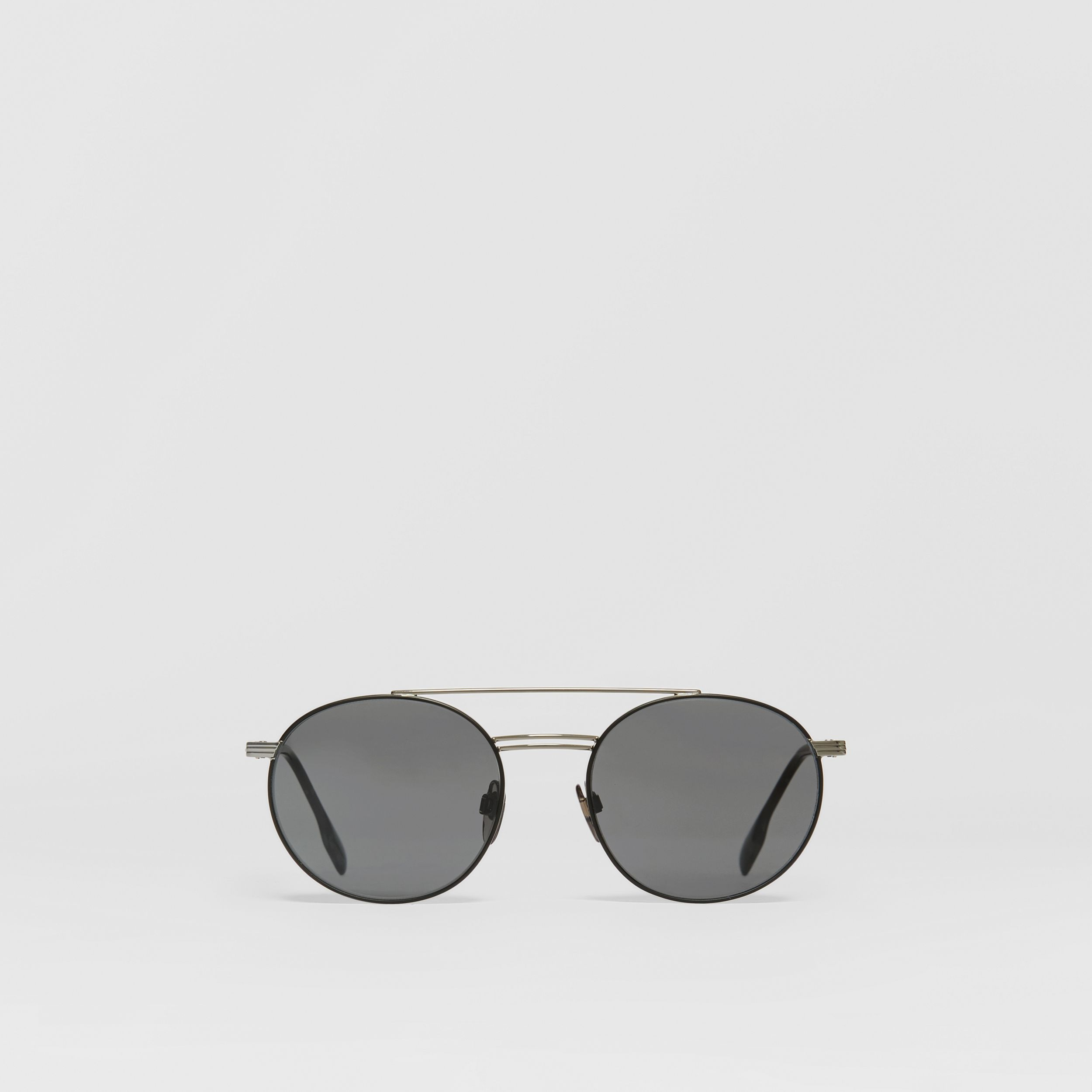 Top Bar Detail Round Frame Sunglasses in Gunmetal/dark Green - Men | Burberry - 1