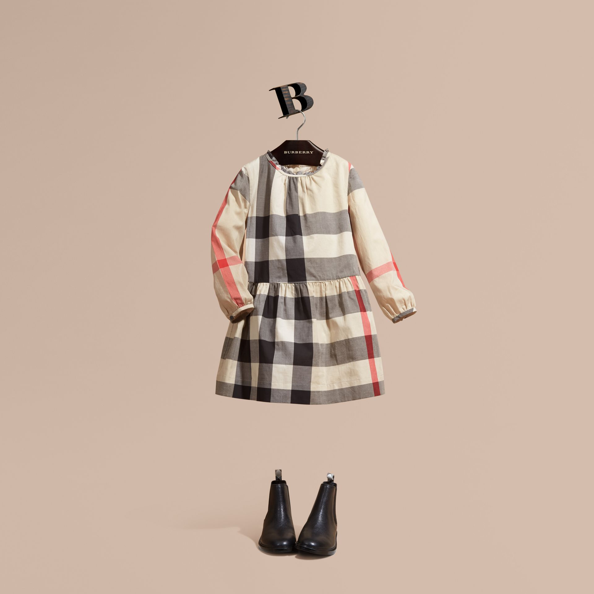New classic check Vestido de algodão com estampa xadrez e detalhe franzido New Classic Check - galeria de imagens 1